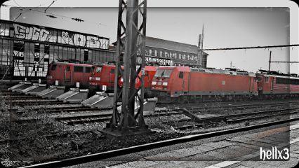 photography black & white color splash train travel