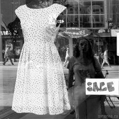 summer love shopping reflection fashion